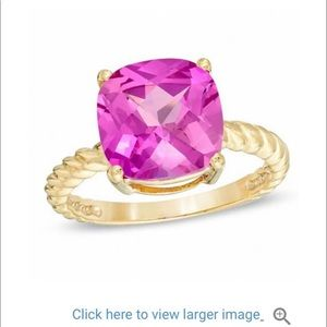 10 kt gold pink sapphire ring.